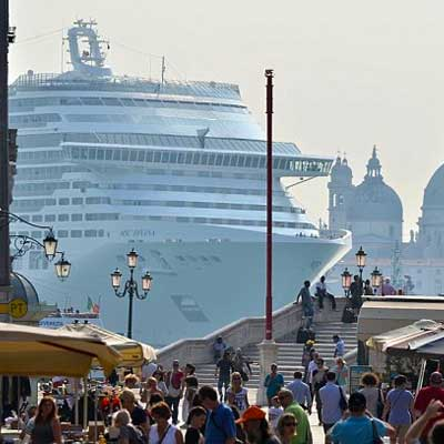 venice-cruise-ship-post